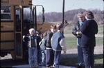Elementary students bus KCES