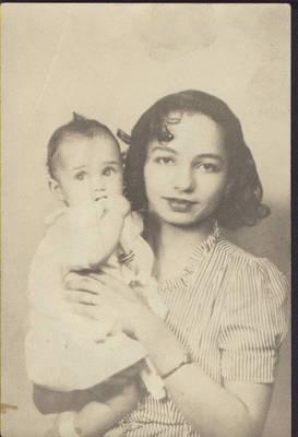 Clarissa and Marlena Anderson ca. 1944