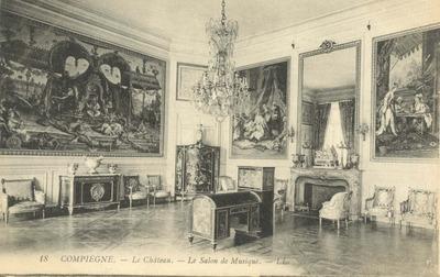 Le Chateau - Le Salon de Musique