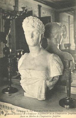 Chateau de la Malmaison - Buste en Marbre de l'Imperatrice Josephine