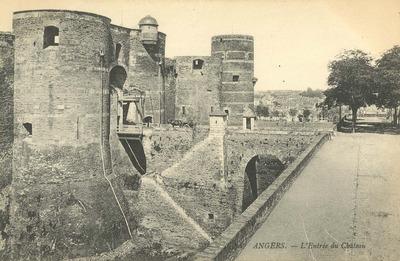 L'entée du château
