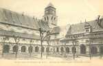 Abbaye de Fontevrault. - Cour de Cloîtres
