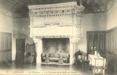 Le Château - La Cheminée de la Salle des Gardes