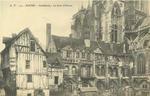 Cathédrale - La Cour d'Albane