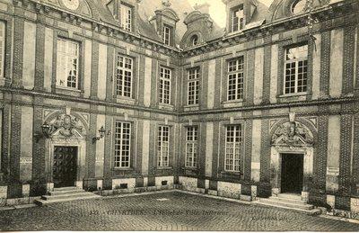 L'Hotel de Ville Interieur