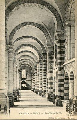 Cathedrale - Bas-Cote de la Nef