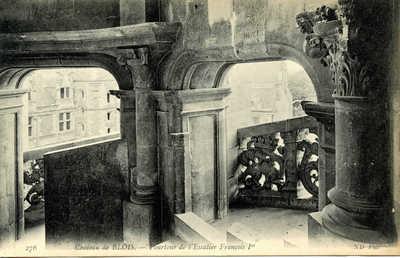 Chateau de Blois - Pourtour de l'Escalier François 1er
