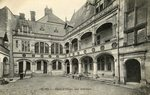 Hotel d'Alluye, cour interieure