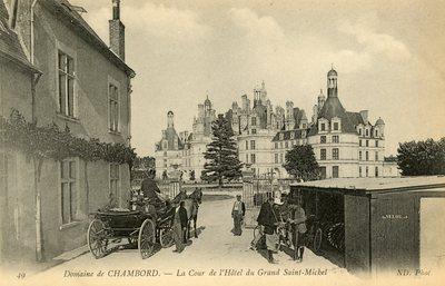 La Cour de l'Hotel du Grand Saint-Michel