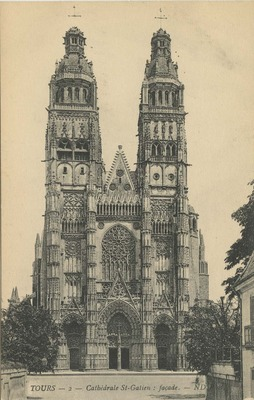 Cathedrale St-Gatien: facade