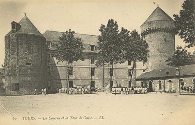 La Caserne et la Tour de Guise