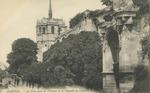 Cháteau d'Amboise - La Tour pour les Voitures et la Chapelle