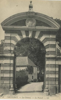 Le Cháteau - Le Portail