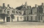 Le Cháteau de Rambures - Détail de la Cour d'Honneur
