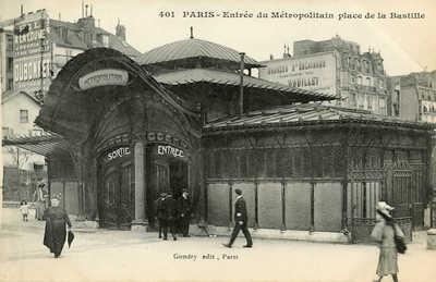 Entree du Metropolitain place de la Bastille