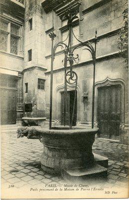 Musee de Cluny - Puits provenant de la Maison de Pierre l'Ermite
