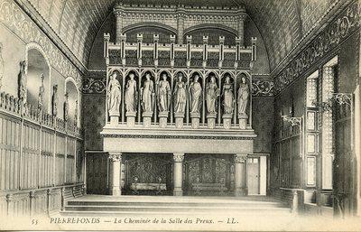 Château de Pierrefonds - La Cheminee de la Sale des Preux