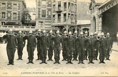 Sapeurs-Pompiers - de la Ville de Paris - La Fanfare