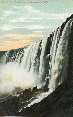 Horse Shoe Falls from below