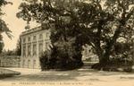 Petit Trianon - La Facade sur le Parc