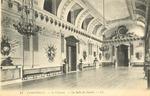Le Chateau. - La Salle des Gardes