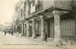 Les quatre Piliers de la Place de l'Hotel de Ville