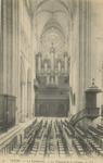 La Cathedrale - Le Transept et les Orgues