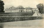 Château de Chantilly - La Porte Saint-Denis et les Écuries
