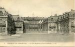 Versailles - La Cour Royale et la Cour de Marbre