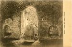 Interno della tomba di Virgilio